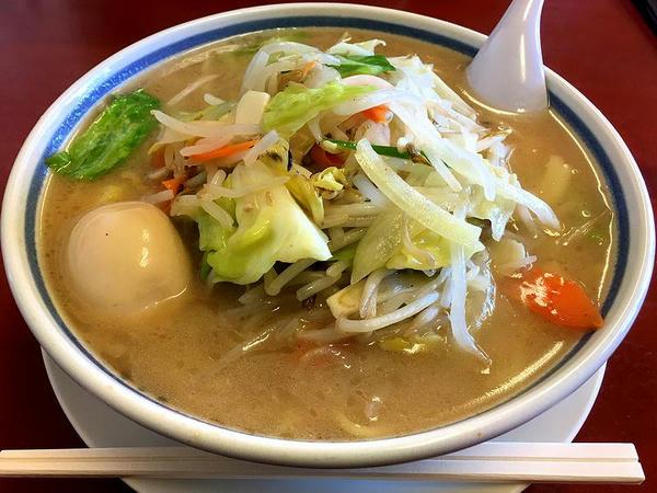 味玉野菜ラーメン(しょうゆ味) 860円