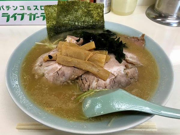 ネギチャーシューメン 900円
