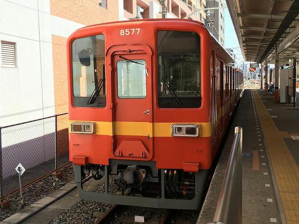 亀戸駅に停車していた8000系特別塗装車