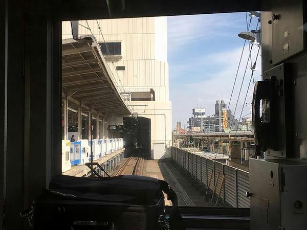 船橋駅進入