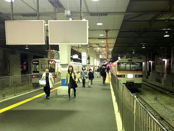 東武宇都宮駅に到着した特急しもつけ283号他