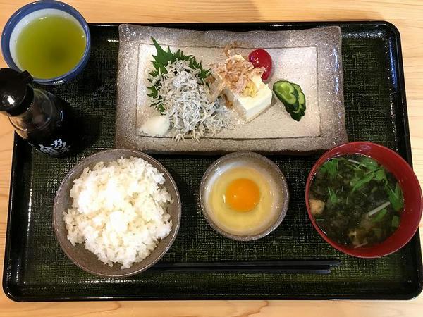 土佐ジローのたまごかけご飯朝食 600円