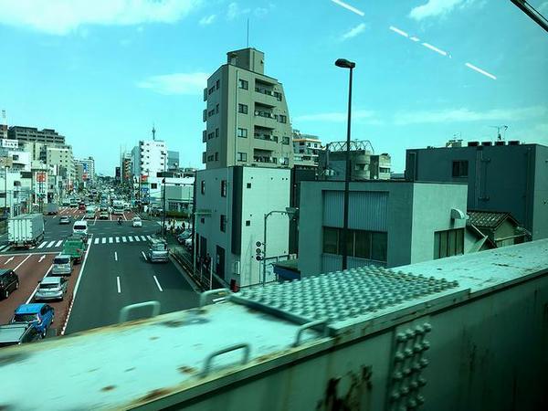 第二京浜を跨ぐ