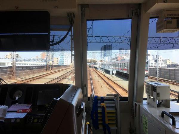 武蔵小杉駅進入