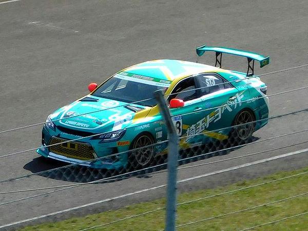 ST-3クラスで予選1位だったものの決勝は惜しくも5位だった68号車のトヨタマークX