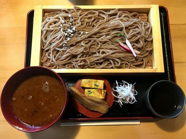 お江戸つけ麺(大盛) 1060円