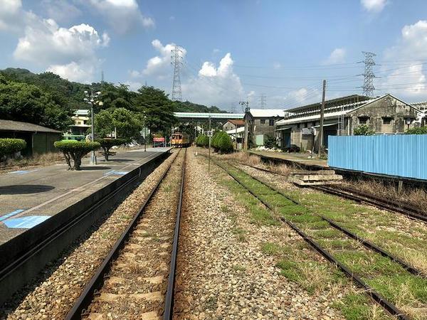 濁水駅で列車交換