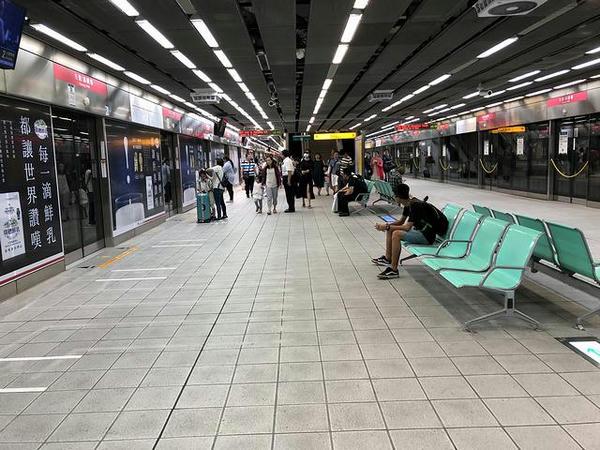 左営/高鉄の高雄捷運乗り場