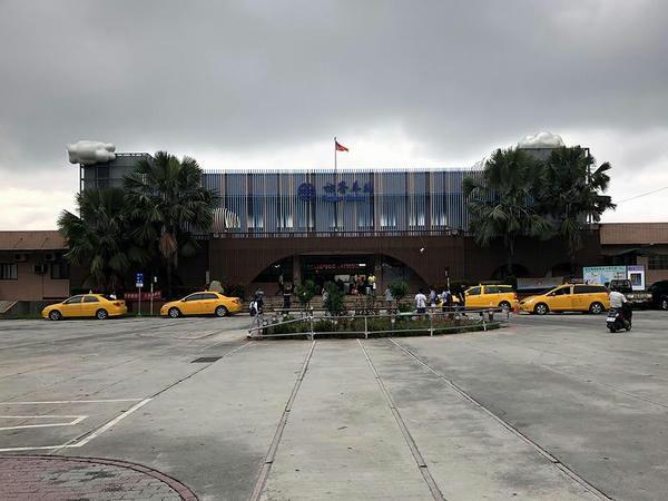 枋寮駅の駅舎