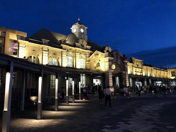 夜の新竹駅駅舎