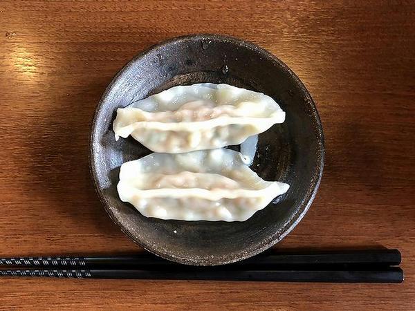 Bセット 150円 の 茹餃子2ケ