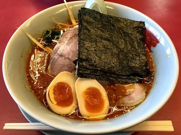 辛味噌ネギチャーシュー麺 1070円 + 味付け玉子 110円