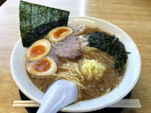 生姜ラーメン 720円(無料引換券にて味付玉子1個分サービス)