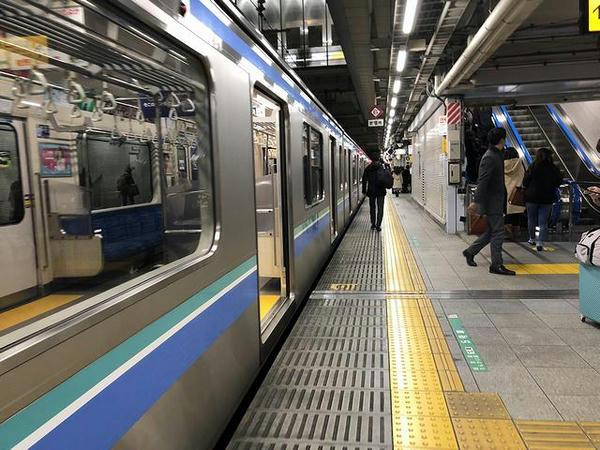 大崎駅のホームにて