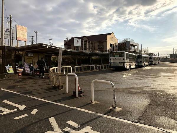 東中山駅のバス乗り場