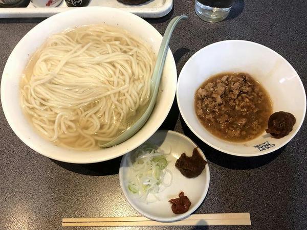 餃子饂飩 600円