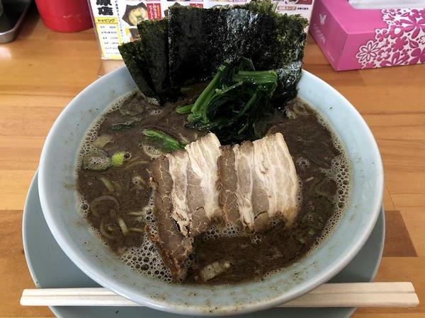和風トンコツ(細麺) 830円