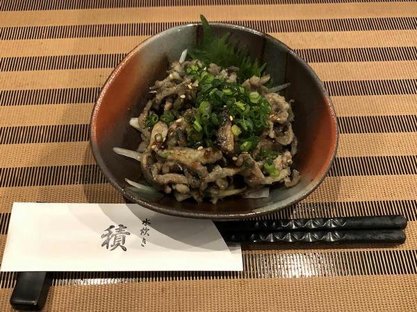 鶏皮ぽん酢 480円(税別)