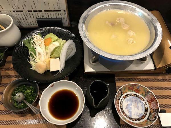 水炊き 1980円(税別)
