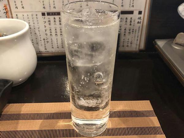 博多小女郎吟醸磨き(炭酸割り) 420円(税別)