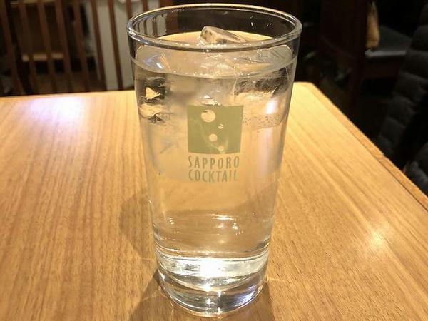 黒霧島 420円(税別) + 炭酸水 50円(税別)