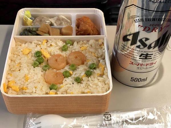 いただいた横濱チャーハンとビール