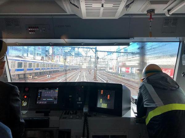 上野駅からはちょっとだけ上野東京ラインとの三複線に