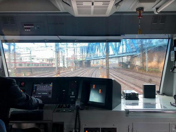 川崎駅発車直後