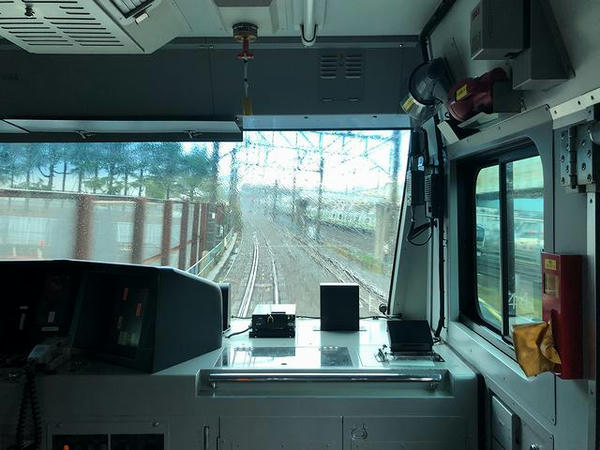 東海道本線と合流