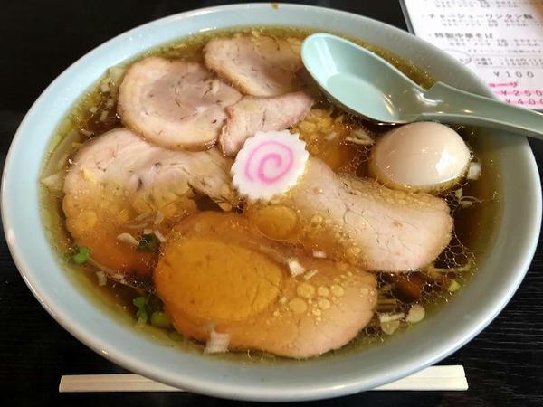 チャーシューワンワン麺(大盛) 1300円 + 味玉 100円