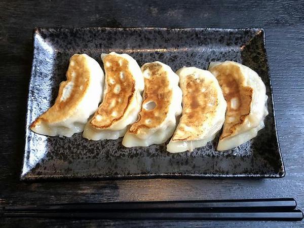 焼き餃子(5個) 360円