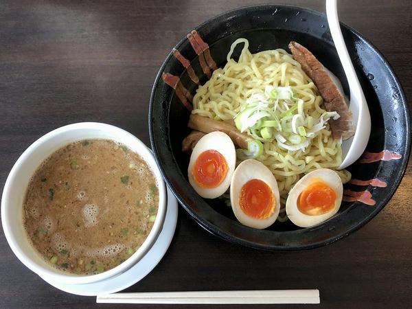 ぶし味噌つけ麺 920円 + 味玉 ガチャガチャ4等で100円