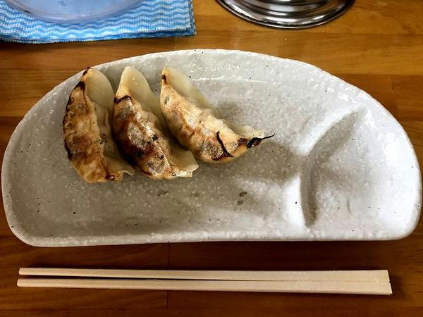 焼き餃子(3個) 160円