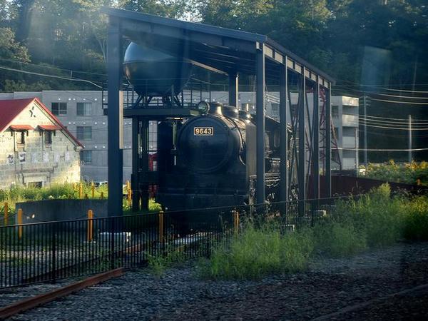 ニセコ駅に静態保存された9600型蒸気機関車