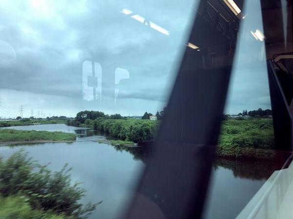 新治駅-下館駅間で小貝川を渡る