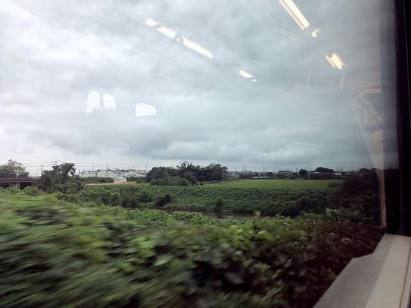 川島駅-東結城駅間で田川を渡る