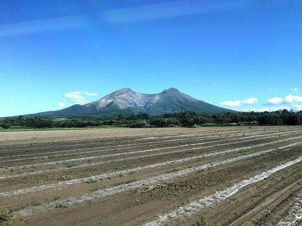 車窓から見た駒ケ岳