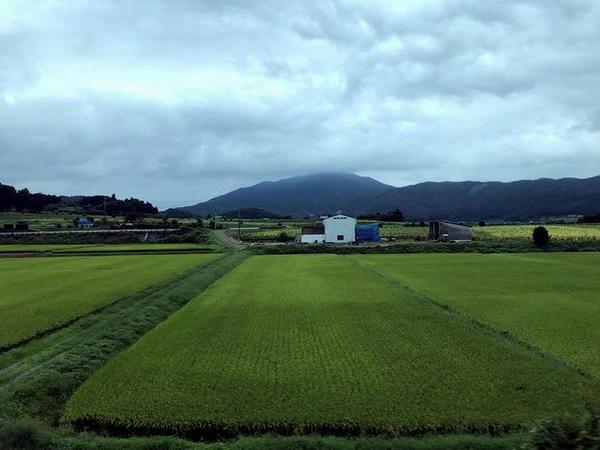 車窓から見た筑波連山