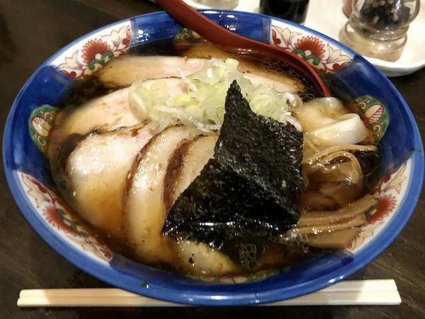 チャーシューメン(あっさり醤油) 830円