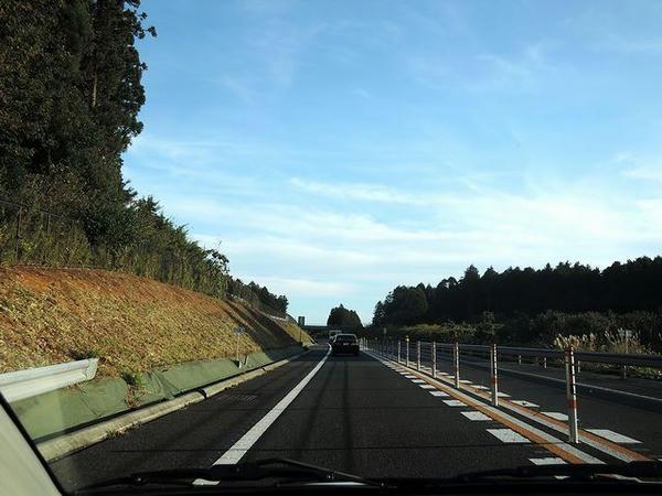 東関東自動車道走行中