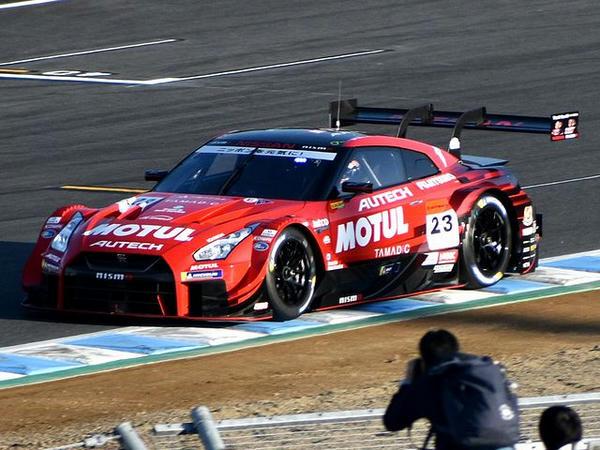 GT300予選で惜しくも3位となった#23 MOTUL AUTECH GT-R(ロニー・クインタレッリ選手)