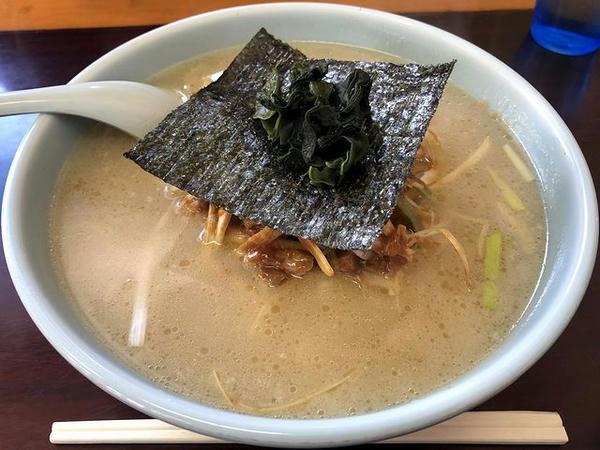 ネギ味噌ラーメン(普) 800円