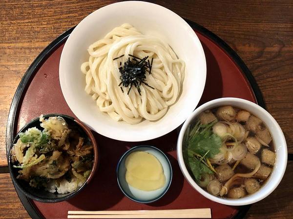 本日のおすすめセットメニュー(とり肉のつけ汁うどん+ミニあさりかき揚げ天丼) 1000円