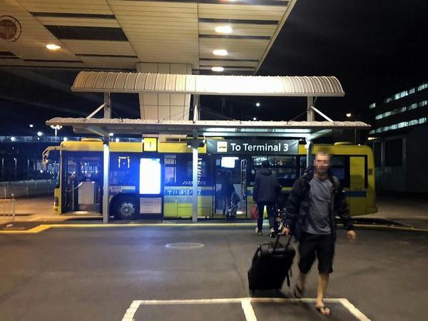 第3ターミナル行き連絡バス