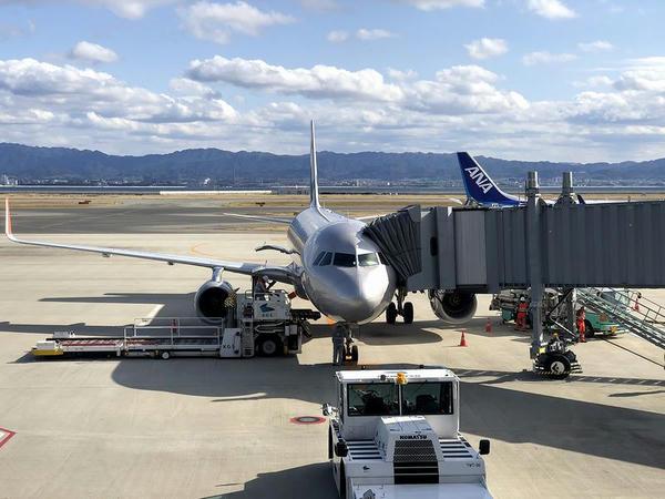 関西国際空港に駐機中のジェットスター・ジャパンGK204便