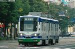 福井市内を走る880形