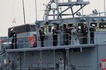 掃海艇入港-3