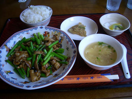 成龍飯店(ランチ)
