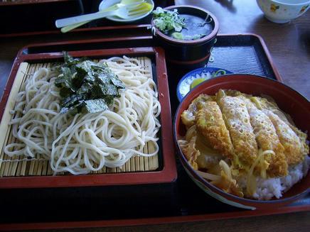 一源(カツ丼)