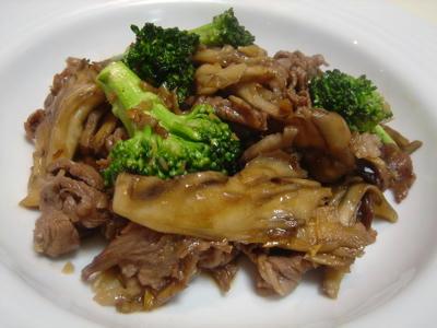 牛肉とブロッコリーのこっくり炒め